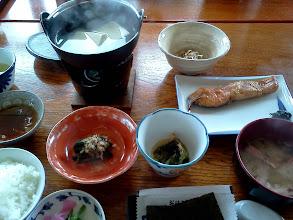 Photo: 新潟。海辺の温泉宿に連れて行ってもらう、の巻。こういう朝ごはんも久しぶり。