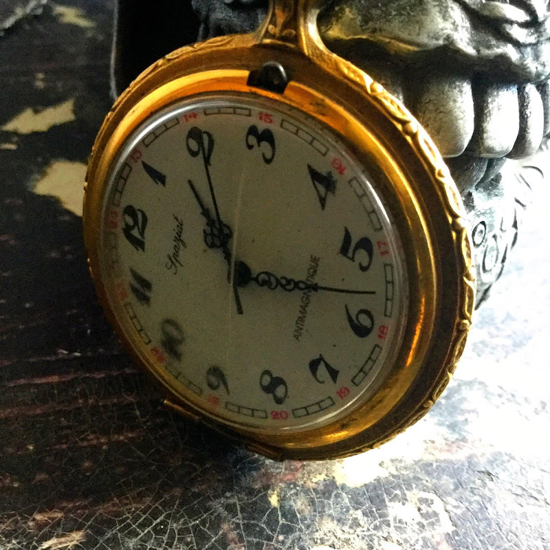 L'orologio del nonno. di T.