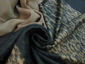 Photo: Ткань: мохер 100%, ш. 145 см., цена 9000р. Ткань: кади нат. шелк, ш. 140 см., цена 5500р.