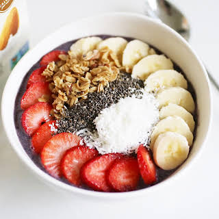 The Best Dairy Free Smoothie Bowl Ever {feat. Silk}.