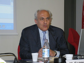 Photo: Il professor Mimmo Carrieri (Università di Teramo)