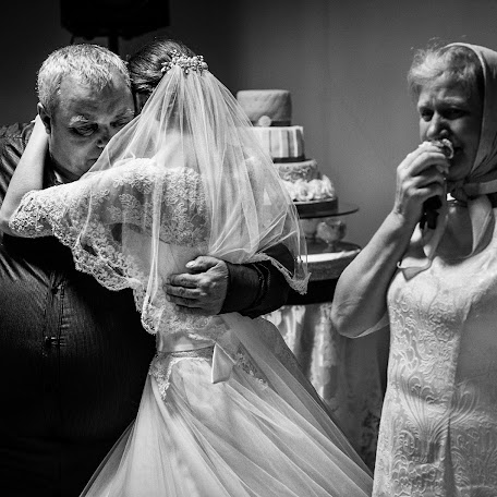 Wedding photographer Eduard Khitryy (EdKhitry). Photo of 17.09.2015