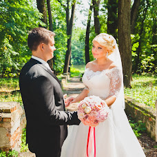 Wedding photographer Maksim Tolstykh (Si1leHT). Photo of 20.08.2015