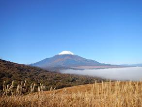Photo: 早く着き過ぎちゃったので、富士山を見ながら一服♪