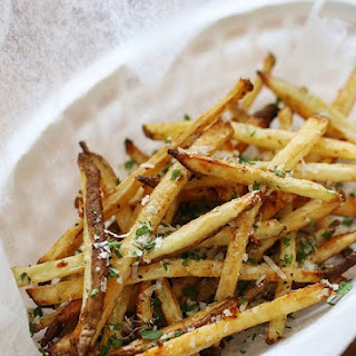 Skinny Garlic Parmesan Fries.