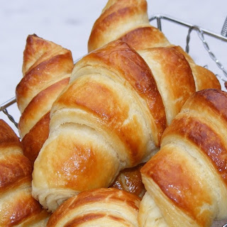 Classic Croissants (We Knead to Bake – Month 2)