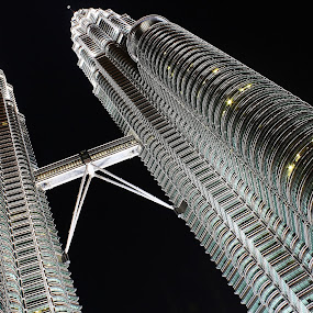 KLCC by Mohd Norsabree Sailan - Buildings & Architecture Architectural Detail ( amatuer, 1malaysia, klcc, sabree, buildings, pwcdetails, malaysia, architecture, twin tower )