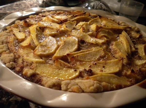 Vermont Mcintosh Apple Pie With Chedder Crust