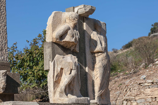Memmius-monument.jpg - The Memmius Monument at Ephesus was built in the 1st century A.D by Memmius, grandson of dictator Sulla, who killed 80,000 Romans with his army.