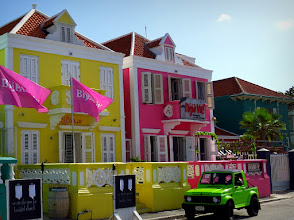 Photo: Curacao buildings are often brightly coloured