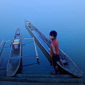 Blue Bliss by Jayrol Cabagtong - News & Events World Events