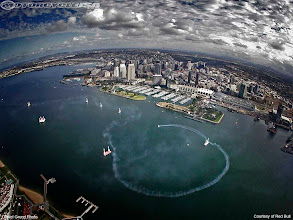 Photo: Red Bull Air Race World Series/San Diego/ United States of America/ British pilot Paul Bonhomme (Team Matador)  speeds through an aerial obstacle course during the Red Bull Air Race second  training round in San Diego, USA today ( 20th September). The race finals take place, Saturday 22 September.  San Diego is the 9th of ten stops in the 2007 season.