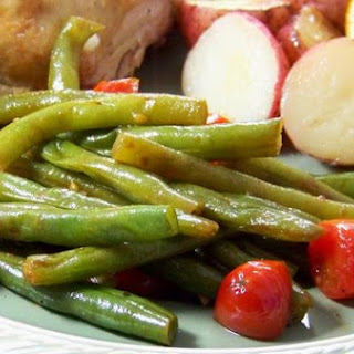 Sautéed Balsamic Green Beans With Cherry Tomatoes