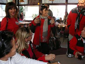 Photo: Sn.Canan Hanım bizlere simit ve çay ikramında bulunurken Kendisine çok teşekkür ediyorum. Saat: 08.00-Anıttepe-Ankara-06.11.2010
