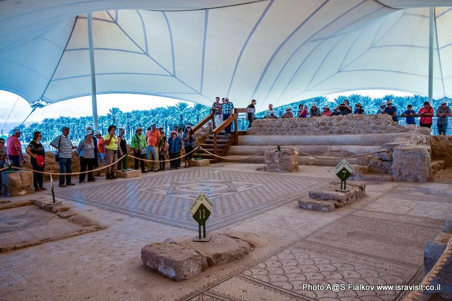Экскурсия в древней синагоге Эйн-Геди с гидом в Израиле Светланой Фиалковой.