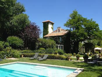 Château 26 pièces 1400 m2