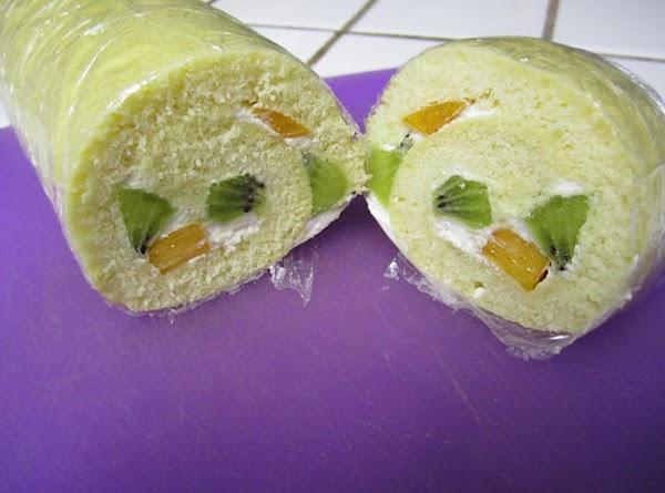 Simple Fruit Roll Cake Recipe