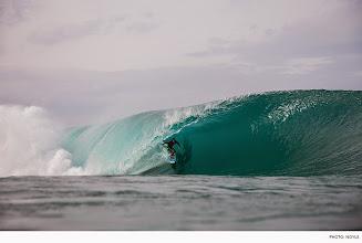 Photo: Photo of the Day: Kai Barger, Pipeline. Photo: #ZakNoyle #Surfer #SurferPhotos