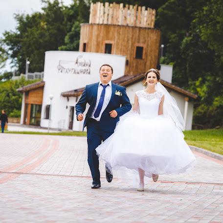 Wedding photographer Anton Grebenev (K1keR). Photo of 09.08.2017