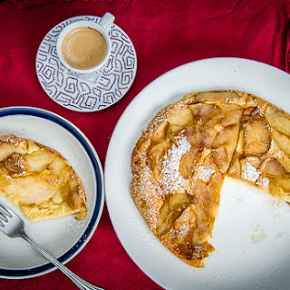 Oven-baked Apple Cinnamon Pancake with Lemon Zest