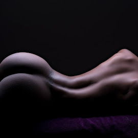 Miss P by Peter Driessel - Nudes & Boudoir Artistic Nude