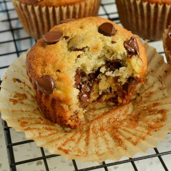 These Freezer Friendly On The Go Scrumptious Banana Chocolate Chip Muffins Are So Easy And Quick To Fix. Make A Batch For Your Crew Today And Get Ready To Hear The Praises.