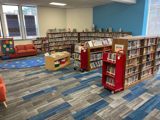 Robbins and Fox Libraries Resume Full Hours and Most Services