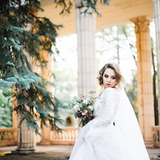 Wedding photographer Kseniya Alevtina (alevtina21). Photo of 24.08.2017
