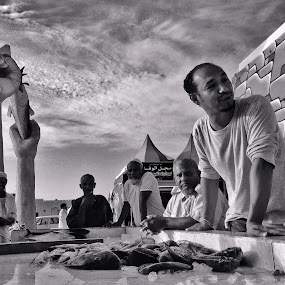 Farasan Island K.S.A. Fish Port Auction by Catalino Jr Baylon - Instagram & Mobile iPhone
