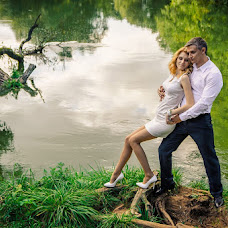 Wedding photographer Svetlana Plashkova (Light). Photo of 12.04.2015