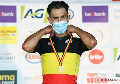 """Belgisch kampioen De Bondt haalt emotioneel moment aan en wil zichzelf blijven: """"Ik ga blijven werken voor Mathieu"""""""
