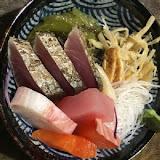 榆小舖日式生魚片丼飯