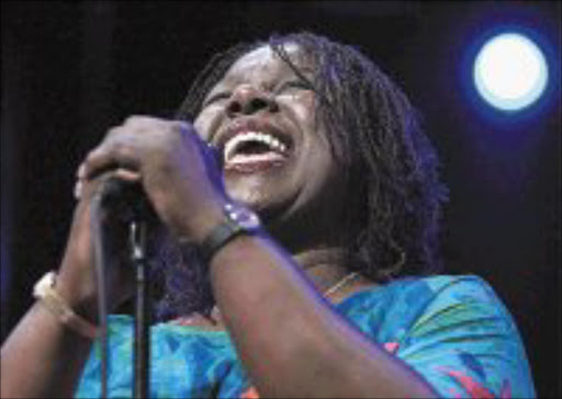 STAR QUALITY: Randy Crawford is feeling good about being back in South Africa. © Unknown.