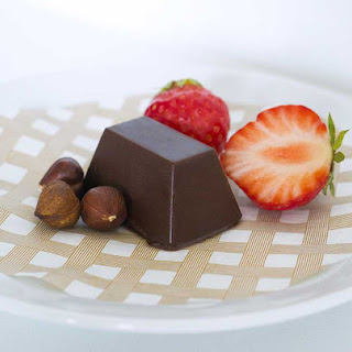 Super Easy Vegan Hazelnut Chocolate Recipe