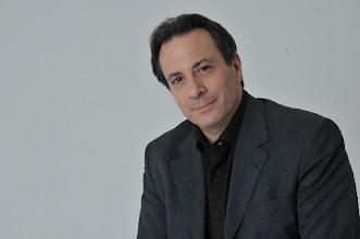 """Photo: Ira LEVIN dirigiert """"Lohengrin"""" am Teatro Colón Buenos Aires. Zu unserem Interview von Dr. Klaus Billand (Februar 2012)"""