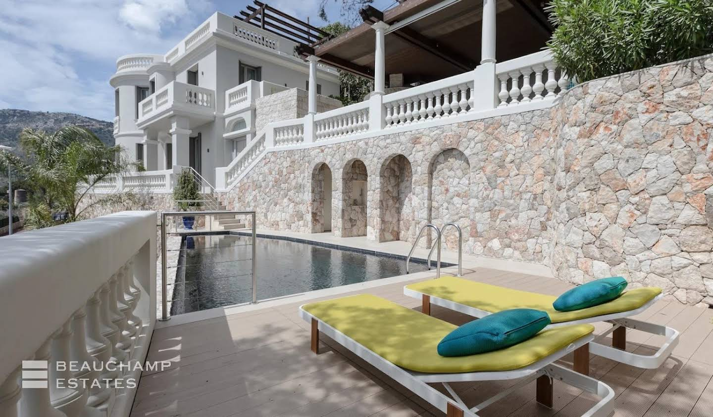 Maison avec jardin et terrasse Beausoleil