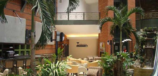 Embassy Suites Valencia