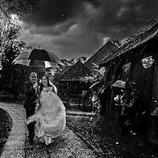 Wedding photographer Daniel Dumbrava (dumbrava). Photo of 10.03.2017