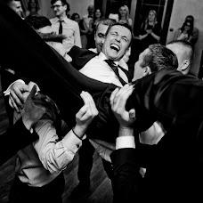 Wedding photographer Radoslaw Swinarski (swinarski). Photo of 03.08.2017