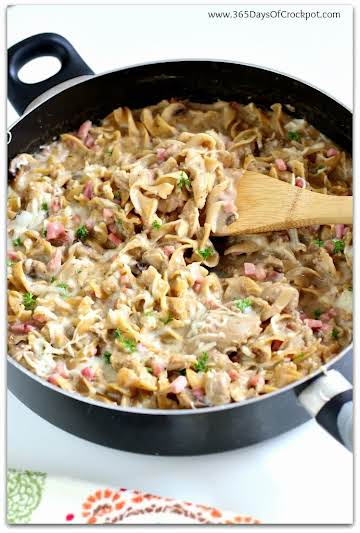 One Pot Chicken Cordon Bleu Stroganoff - 365 Days of Slow Cooking and Pressure Cooking