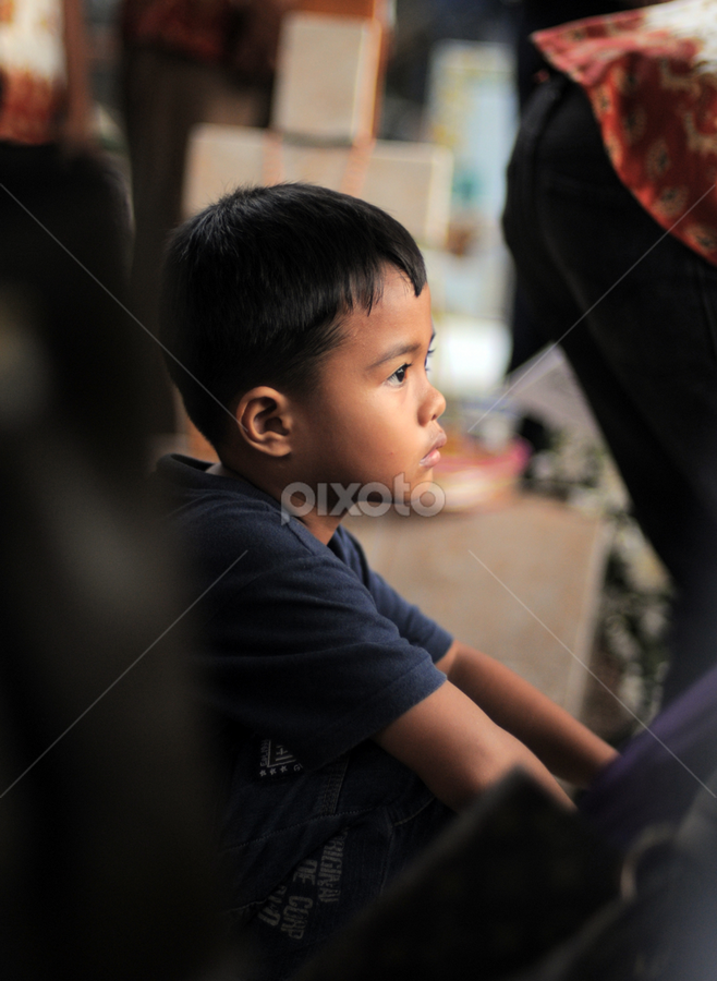 Thinking by Thomas Chedang - Babies & Children Children Candids