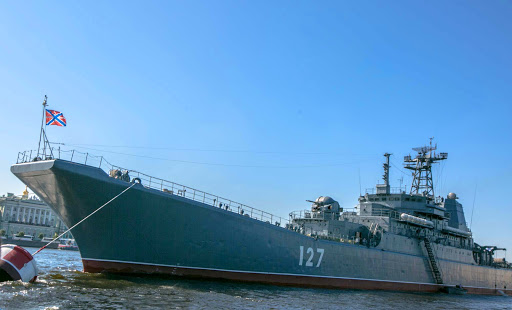 russian-warship-neva-river2.jpg - A warship in the Neva River of St. Petersburg, Russia.