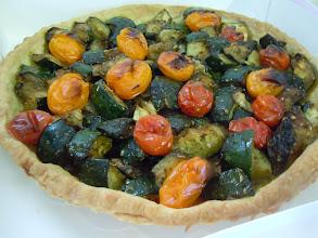 Photo: tarte salée aux courgettes et tomates