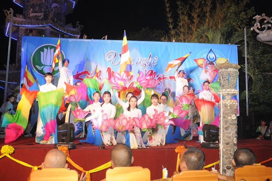 Văn nghệ cúng dường Đại lễ Phật đản PL.2563