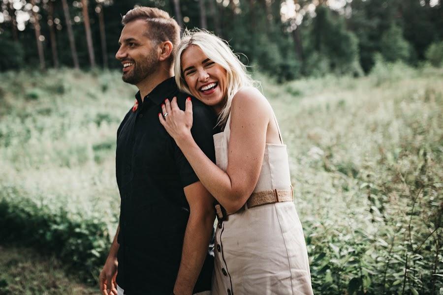 Vestuvių fotografas Alina Saulius (twosidesphoto). Nuotrauka 19.07.2019