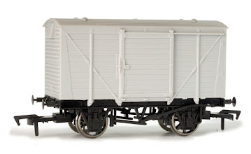 Photo: A019 Unpainted LMS Vent Van