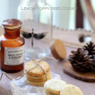 Crunchy Lemon Poppy Seed Cookies