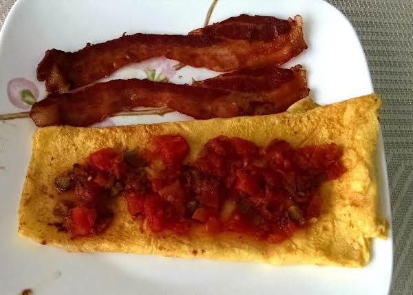 Easy Omelet That'll Put Spurs In Your Ribs
