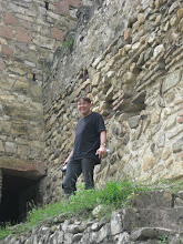Photo: he is Dutch tourists on the fortress of Ananuri...