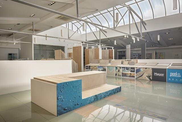 Sección de piscina, nueva expo de Comercial Vera.
